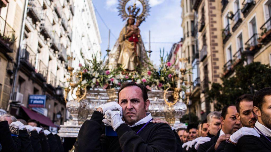 El origen de la leyenda de la Virgen de la Almudena: los enigmas que encierra la patrona de Madrid