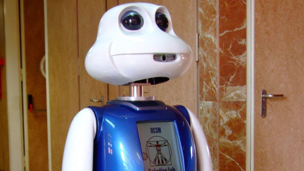 El 47% de los empleos serán hechos por robots tras la pandemia: ¿dónde estudiar para aprovechar este filón laboral?