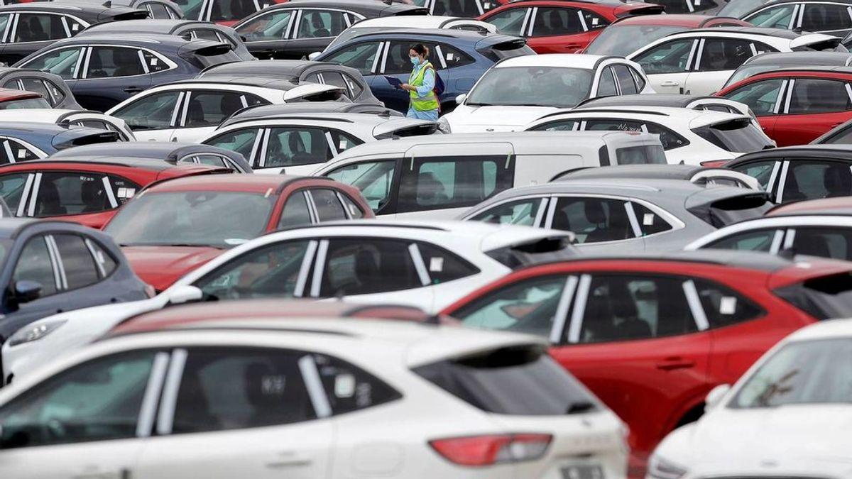 El miedo al contagio en el transporte público dispara un 31% la compra de coches de más de 20 años
