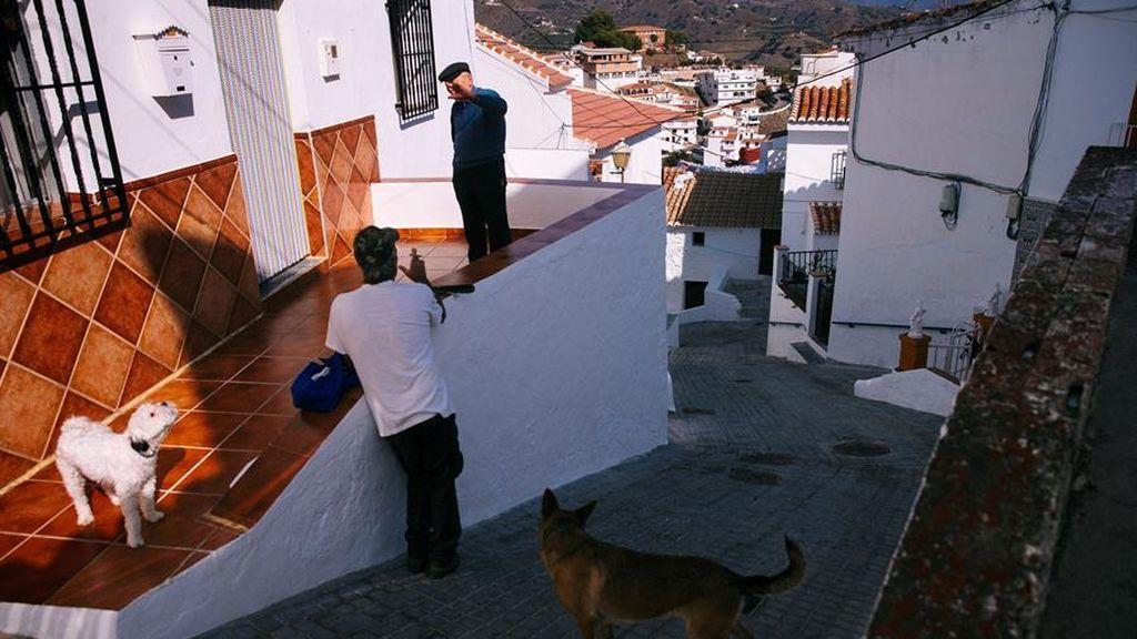 Última hora del coronavirus: Andalucía, al borde del confinamiento, con casi 5.000 casos y 60 muertes en un día