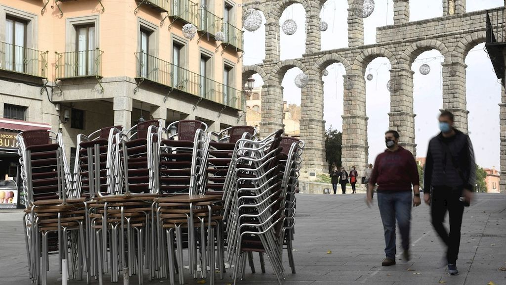 Nuevo récord de casos en Castilla y León con 2.198 en un día y 32 muertes