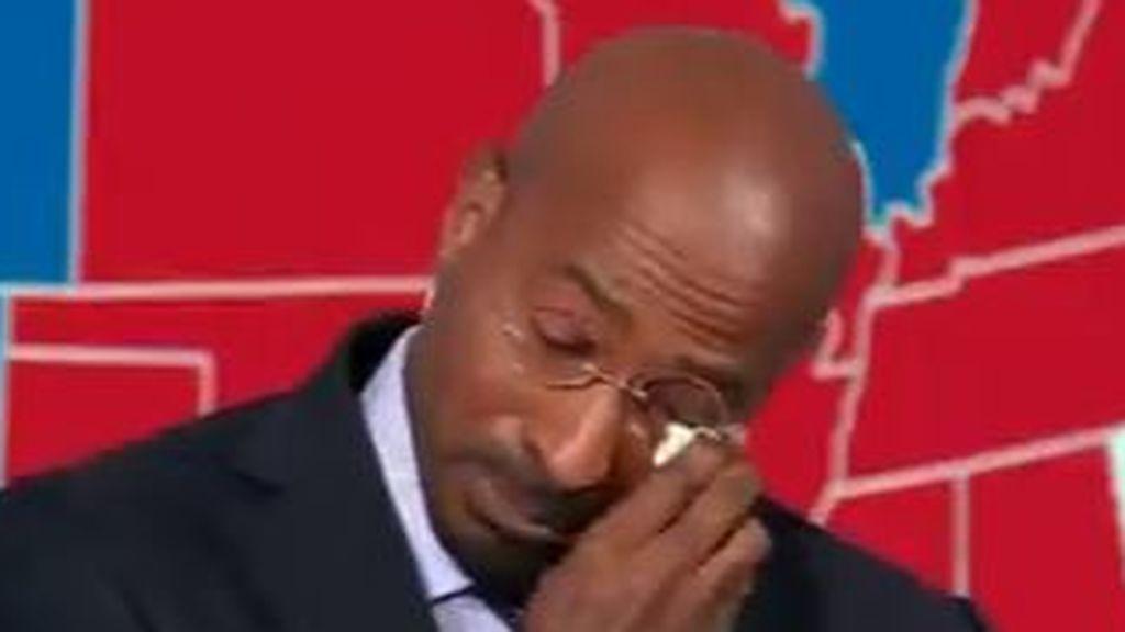 Un comentarista de la CNN llora de emoción al conocer la victoria de Biden