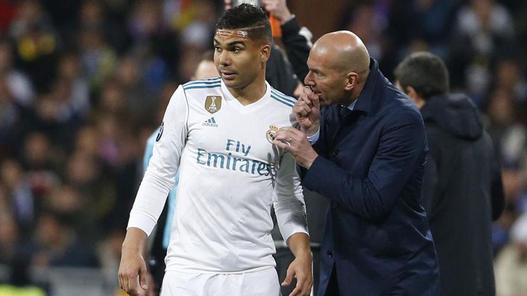 Zidane se queda sin su muro de contención: las piezas que tendrá que cuadrar para suplir la baja de Casemiro