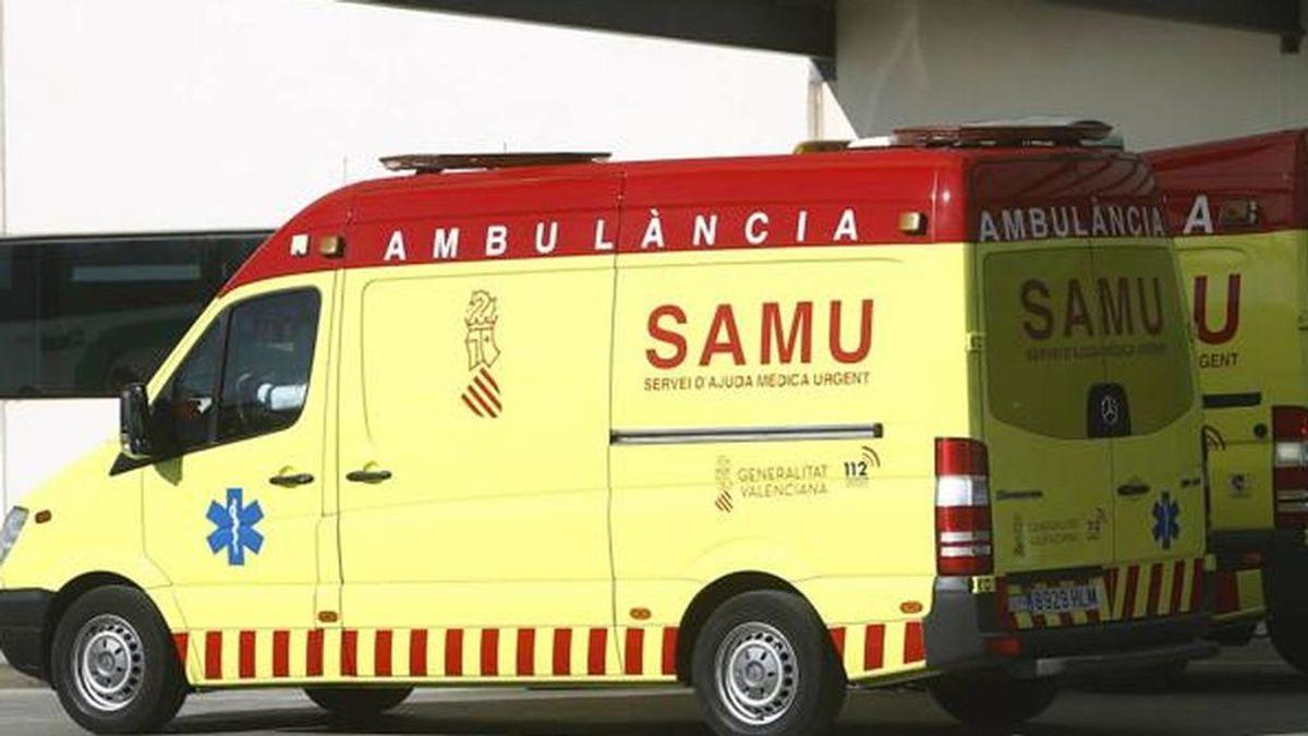 Muere un motorista al alcanzarle un rayo en Valencia