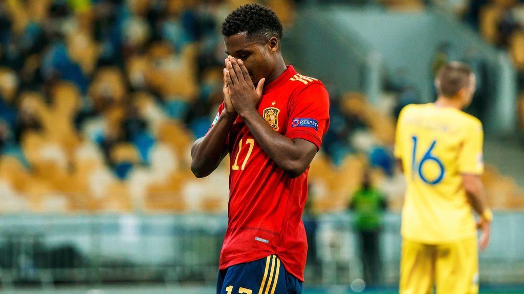 Ansu Fati sufre una rotura de menisco interna y será baja para la Selección