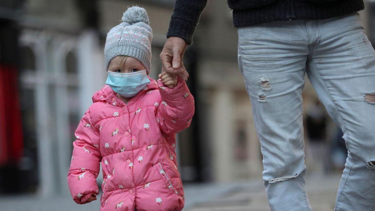 Los niños producen anticuerpos más debiles contra el coronavirus que los adultos, según un estudio