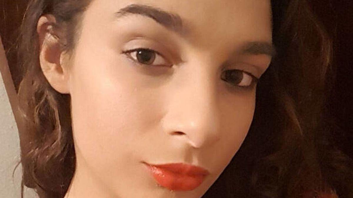 """Buscan a Tamara Castro, una joven de 20 años desaparecida el 26 de octubre en Barcelona: """"Se llevó un teléfono, su DNI y 50 euros"""""""