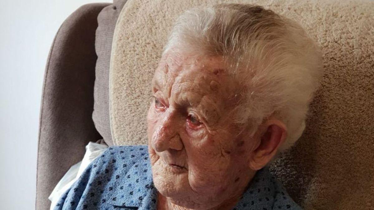 Muere a los 110 años la socialista Josefina Villaverde, la mujer más longeva de Galicia
