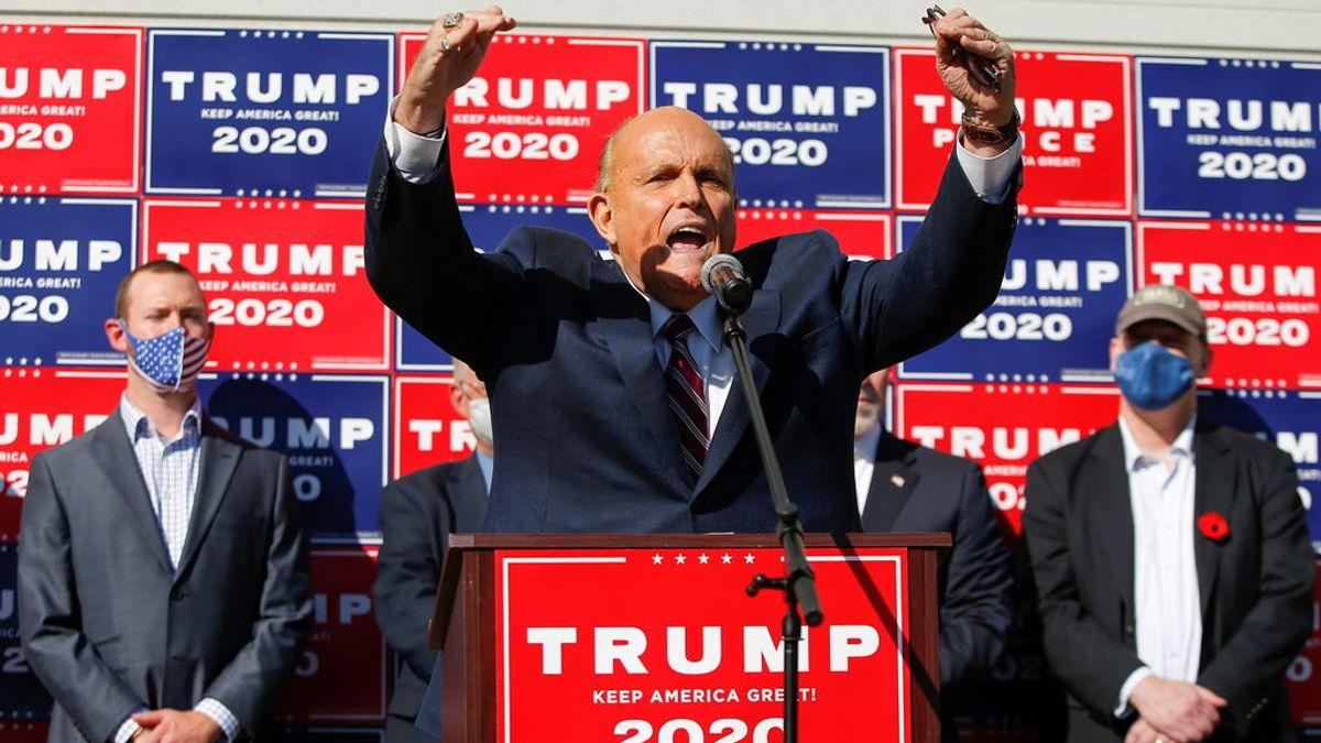 """El abogado de Trump mantiene que Biden no ha ganado las elecciones:  """"¿Quién lo nombró así? ¡Oh, Dios mío!"""""""
