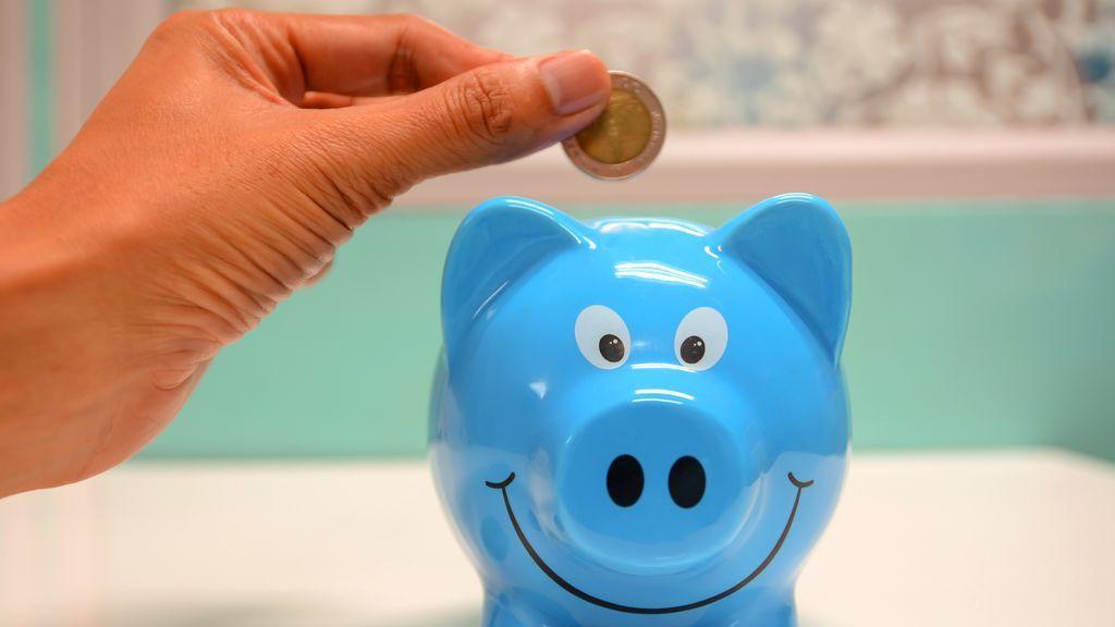 El reto viral de TikTok con el que ahorrarás 5.050 euros en 100 días: necesitas un folio, un rotulador y una hucha