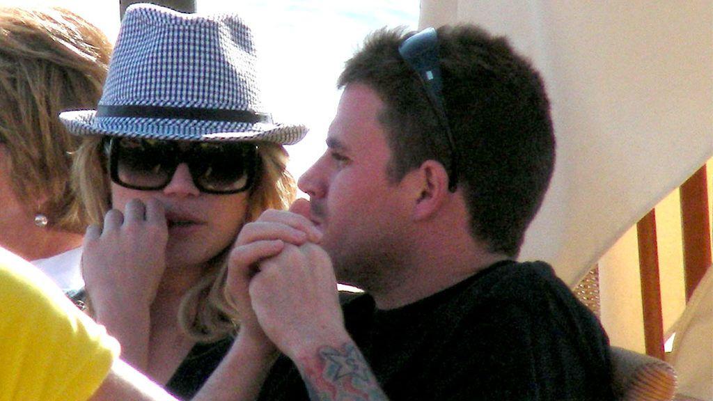 Dani Martín con Patricia Conde, en Ibiza (2009)