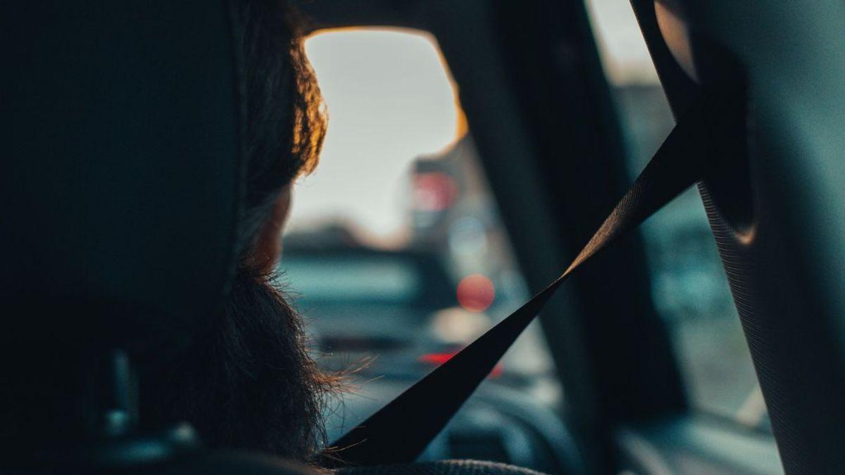 Un juzgado de Madrid anula una multa a un conductor por no abrocharse correctamente el cinturón de seguridad
