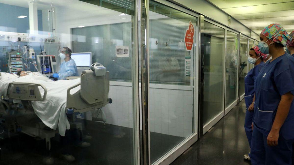 Sanidad notifica 52 386 nuevos contagios y 512 fallecidos por coronavirus desde el viernes