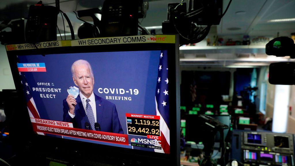 """Biden pide a los estadounidenses que usen mascarilla: """"Tenemos un duro invierno por delante"""""""