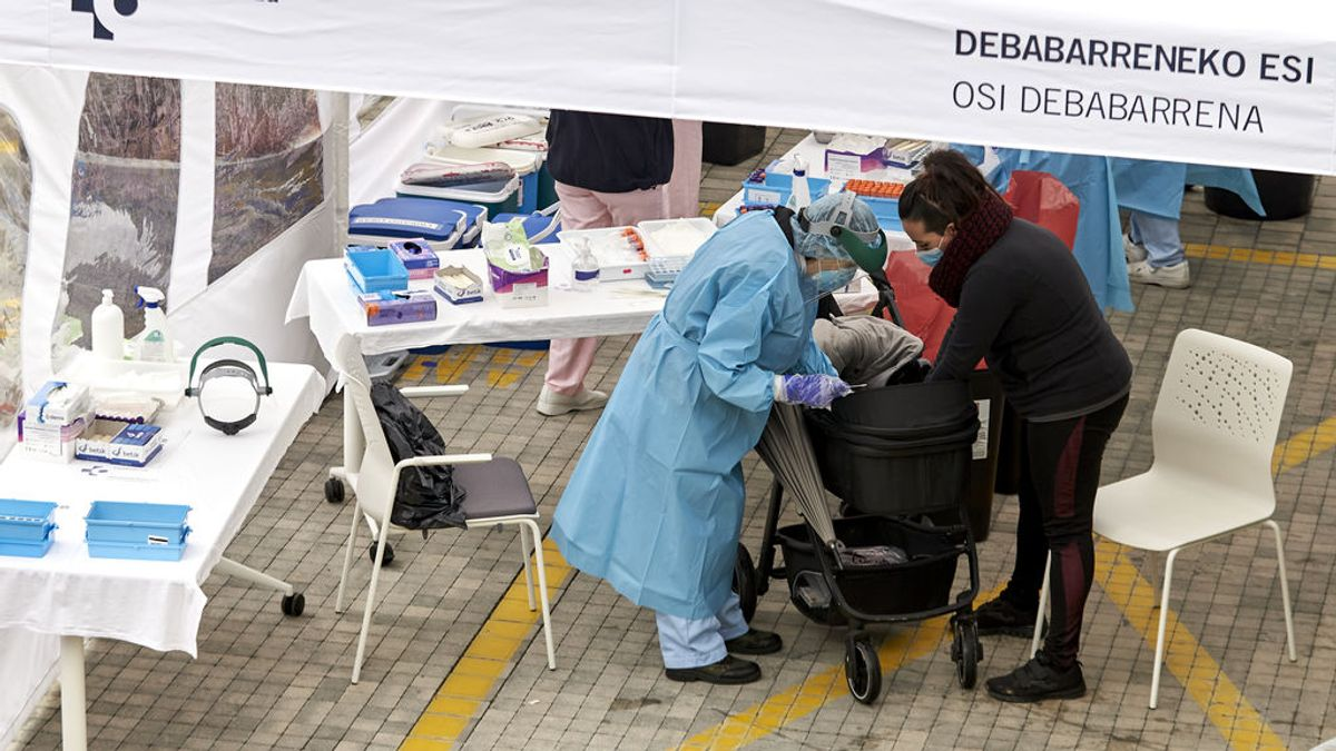 España registra 411 muertos, la cifra más alta de la segunda ola y 17.395 contagios de coronavirus