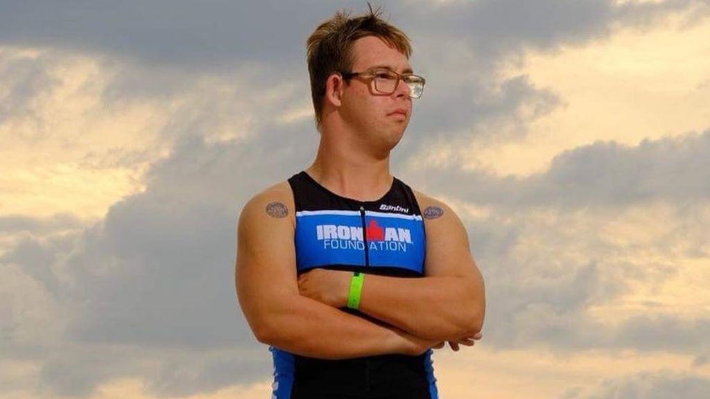 Chris Nikic, primera persona con síndrome de down que consigue completar un Ironman