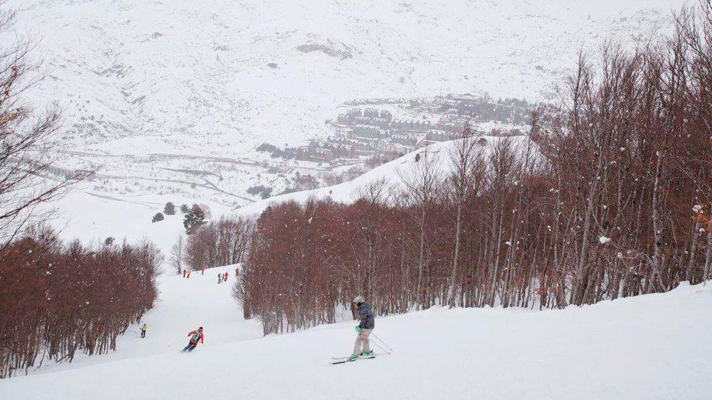 Cuánto dura una temporada de esquí: cuándo empiezan en cada zona del mundo