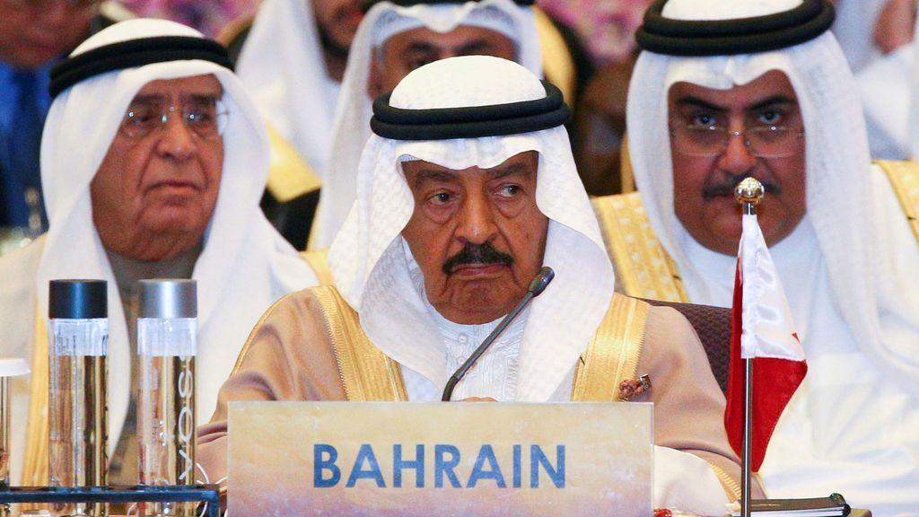 Muere el príncipe de Bahrein, el primer ministro que más tiempo llevaba en el cargo del mundo