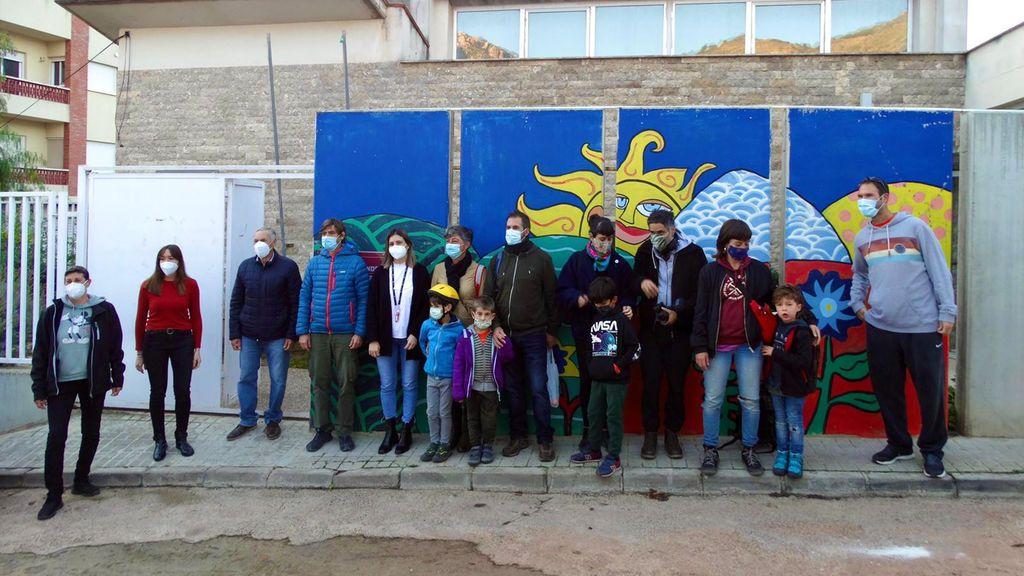Este miércoles se han vuelto a abrir las puertas del colegio de Almedíjar (Castellón) tras seis años de inactividad.