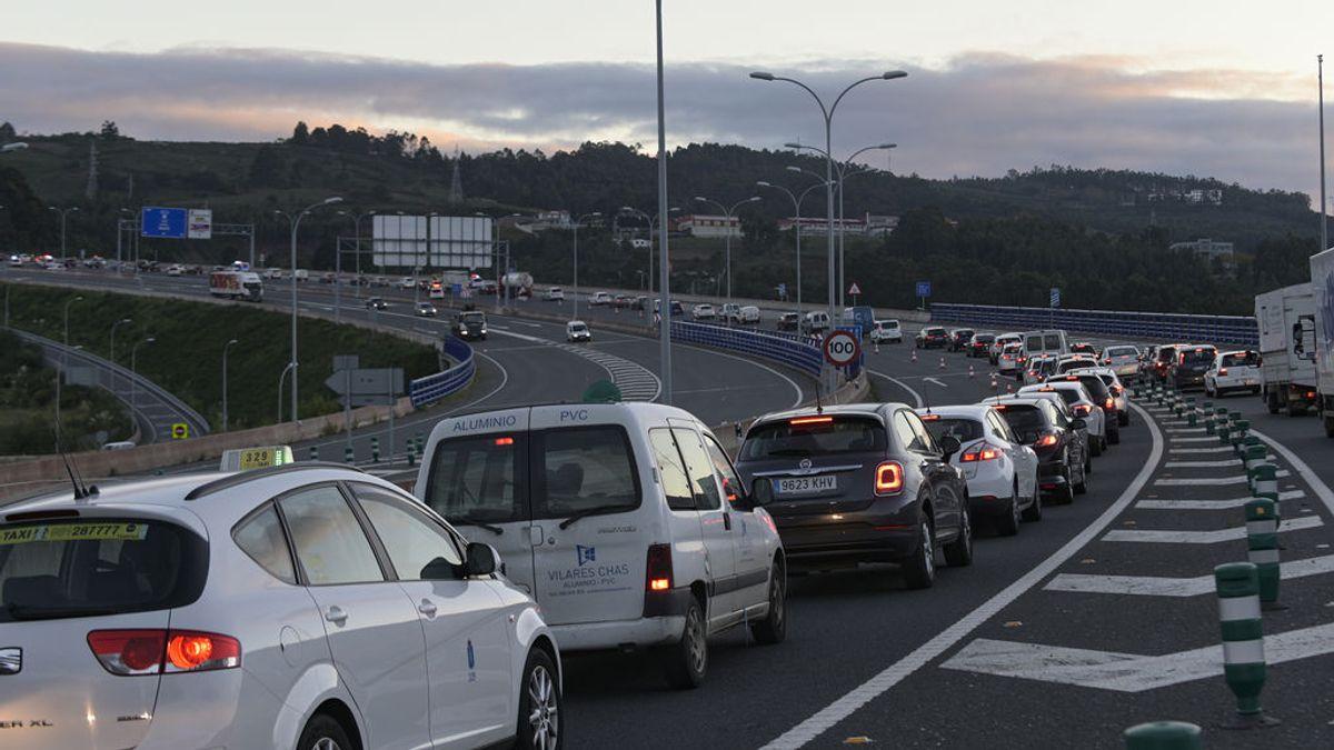 El Gobierno aprueba subir los impuestos al diésel y al seguro de los vehículos: cuánto más costará