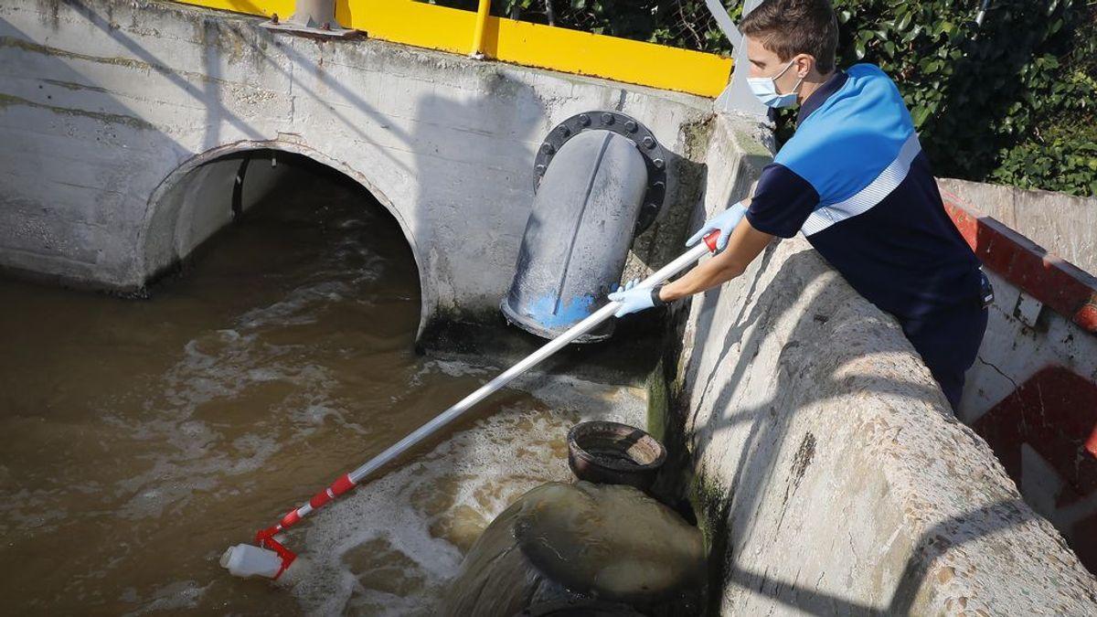 Análisis de aguas residuales en el Canal de Isabel II (Madrid).