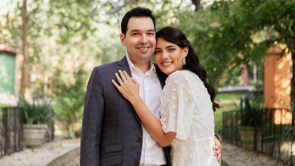 """Jennifer tiene 26 años y vive con fe la religión católica: """"Mi novio se convirtió por amor"""""""