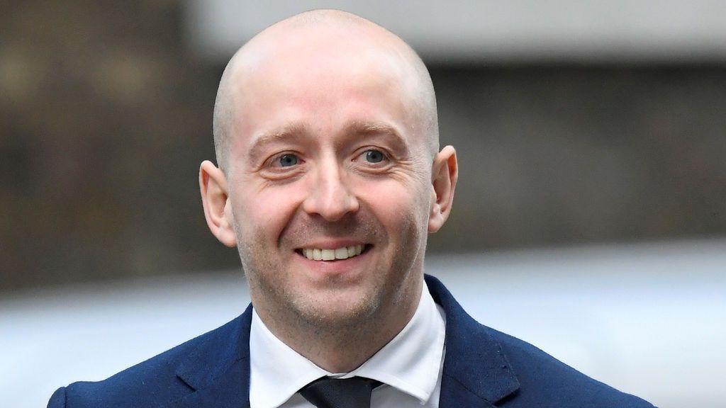 ¿Arranca una nueva era en Downing Street tras la dimisión de su director de comunicación?