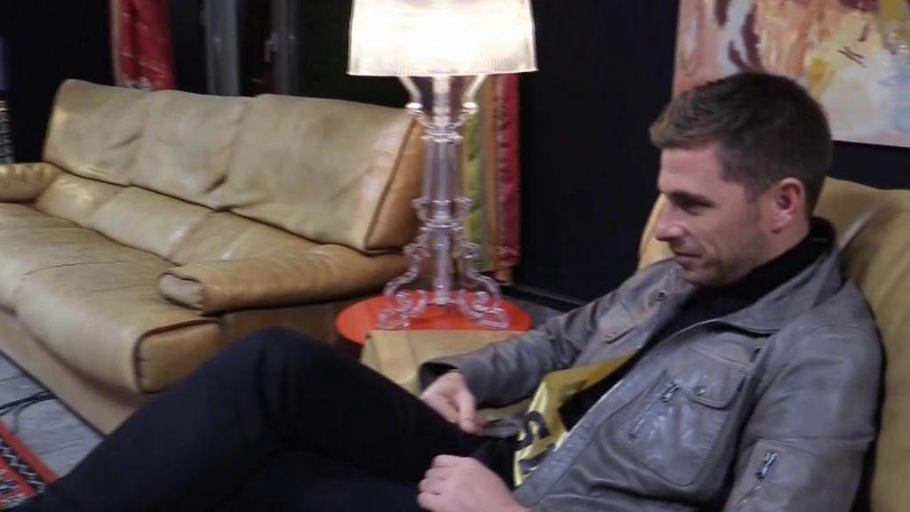 Tom se somete a un polígrafo para ver si le fue infiel a Sandra con Samira