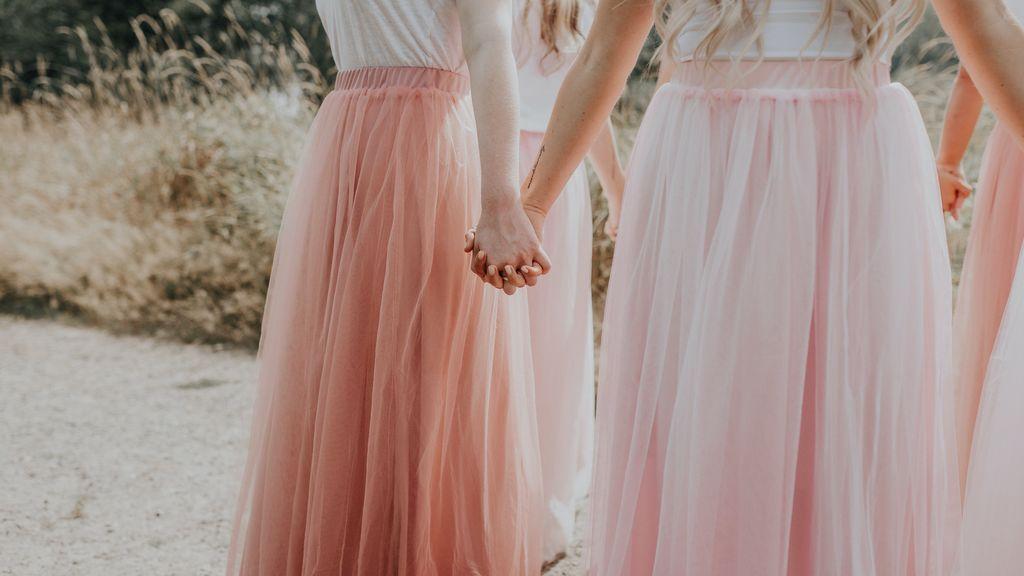 La falda larga se convertirá en la prenda clave de tus looks para fiestas, bodas y eventos, palabra de Instagram