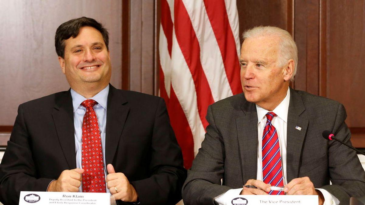Biden nombra jefe de gabinete, a Ron Klain, crítico del manejo de Trump de la pandemia de coronavirus