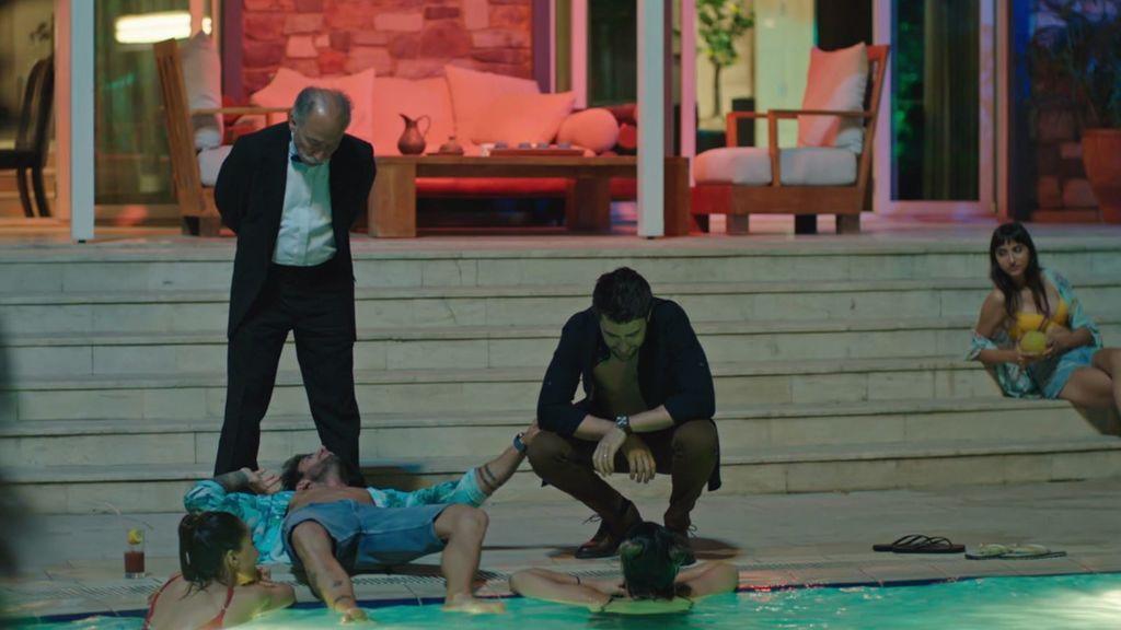 El padre de Kerem le pilla en una fiesta tras su boda