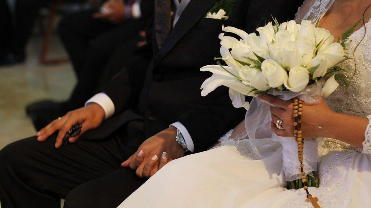Una boda y siete funerales: el foco que desencadenó tres brotes masivos en cientos de kilómetros a la redonda