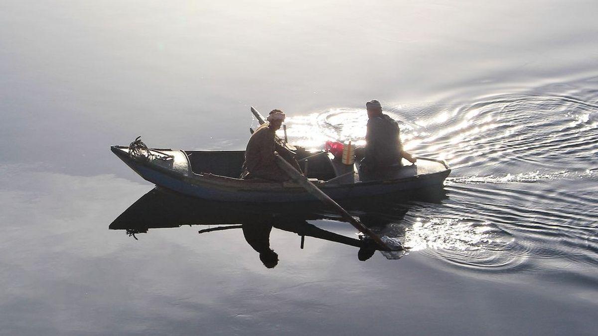 """Un equipo médico salva la vida de un pescador egipcio tras """"extraer un pez vivo de su tráquea"""""""