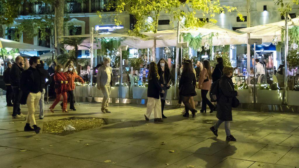 Las cinco claves de Madrid para frenar el coronavirus sin cerrar bares y restaurantes