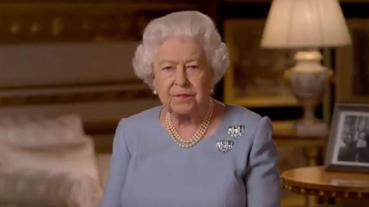 """La reina Isabel II no tiene ninguna intención de retirarse: quiere servir a la nación """"para toda la vida"""""""
