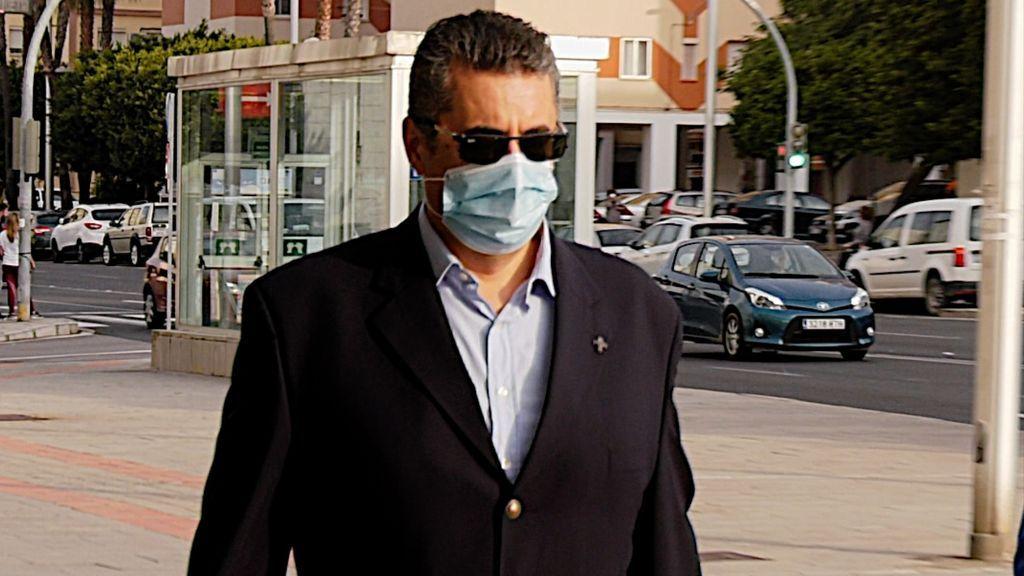 """""""Eran juegos, jamás hubo connotación sexual"""" : el ex director del colegio de Salesianos de Cádiz vuelve al banquillo por otro presunto abuso a un menor"""