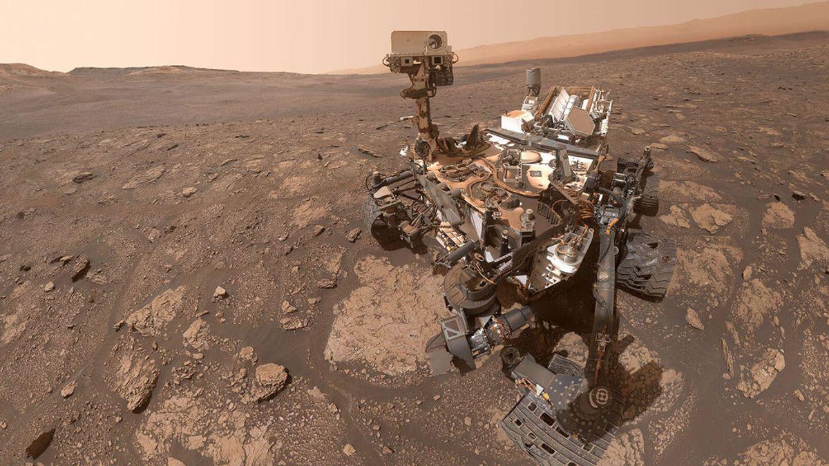 El rover Curiosity envía un 'selfie' desde Marte y lo cuelga en sus redes sociales
