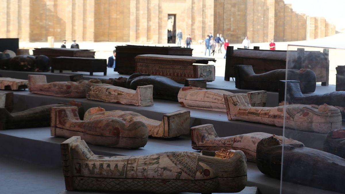 Egipto anuncia el hallazgo de más de un centenar de sarcófagos en la necrópolis de Saqqara
