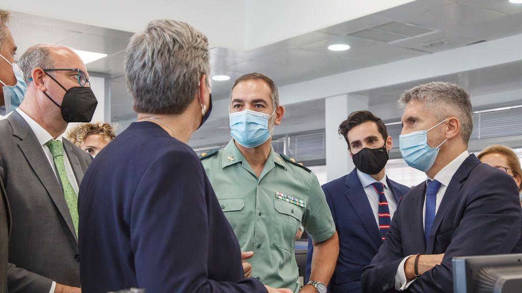 """Grande-Marlaska sobre la crisis migratoria: """"No vamos a convertir Canarias en la nueva Lesbos"""""""