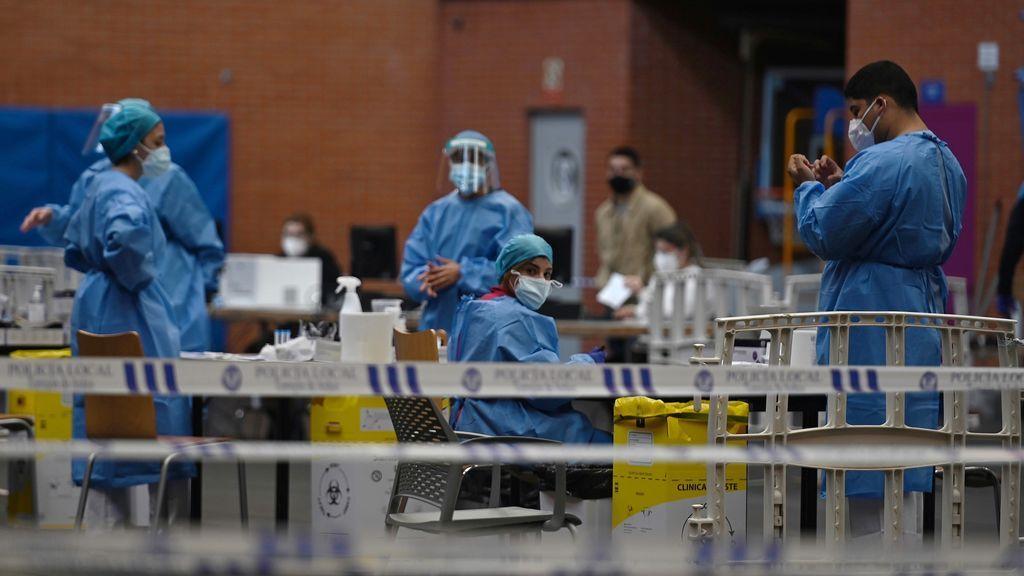 Madrid sigue a la baja con 324 contagios de coronavirus y 25 muertos