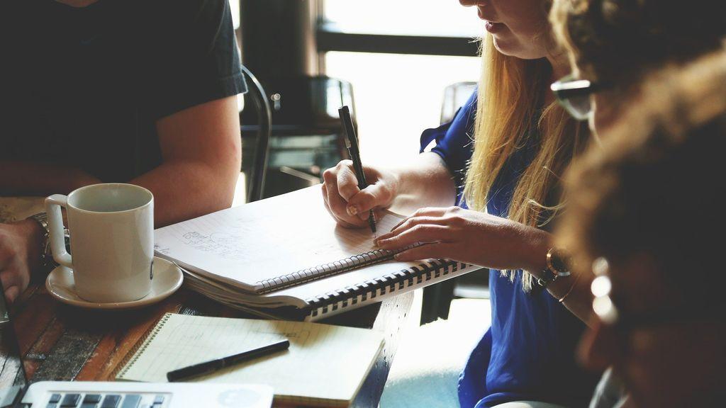 Proceso para constituir una empresa: tipos y referencias al pacto de socios