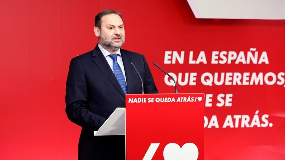 """Ábalos niega hasta cinco veces que haya un acuerdo con Bildu: """"No hay pacto"""""""