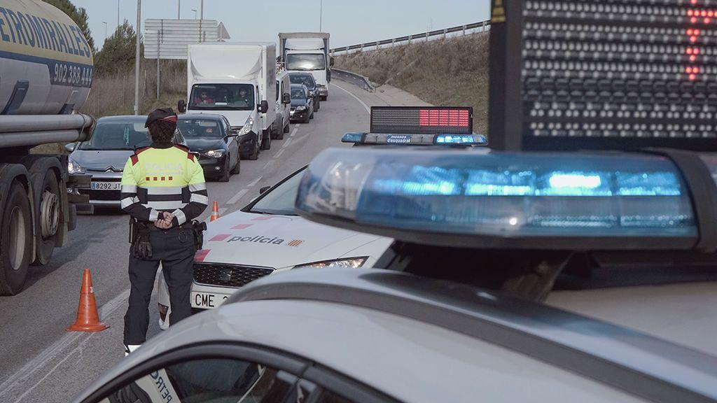 Un mosso d'esquadra investigado por quedarse 1.500 euros en multas de tráfico se enfrenta a cuatro años de prisión