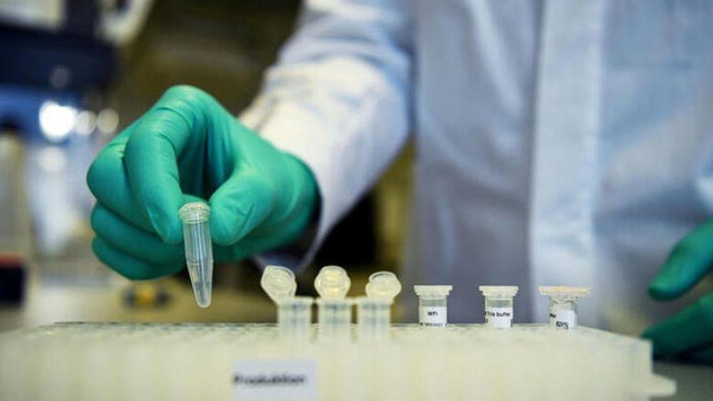 Última hora del coronavirus:  Investigadores británicos piensan en mezclar dos vacunas para alcanzar más eficacia