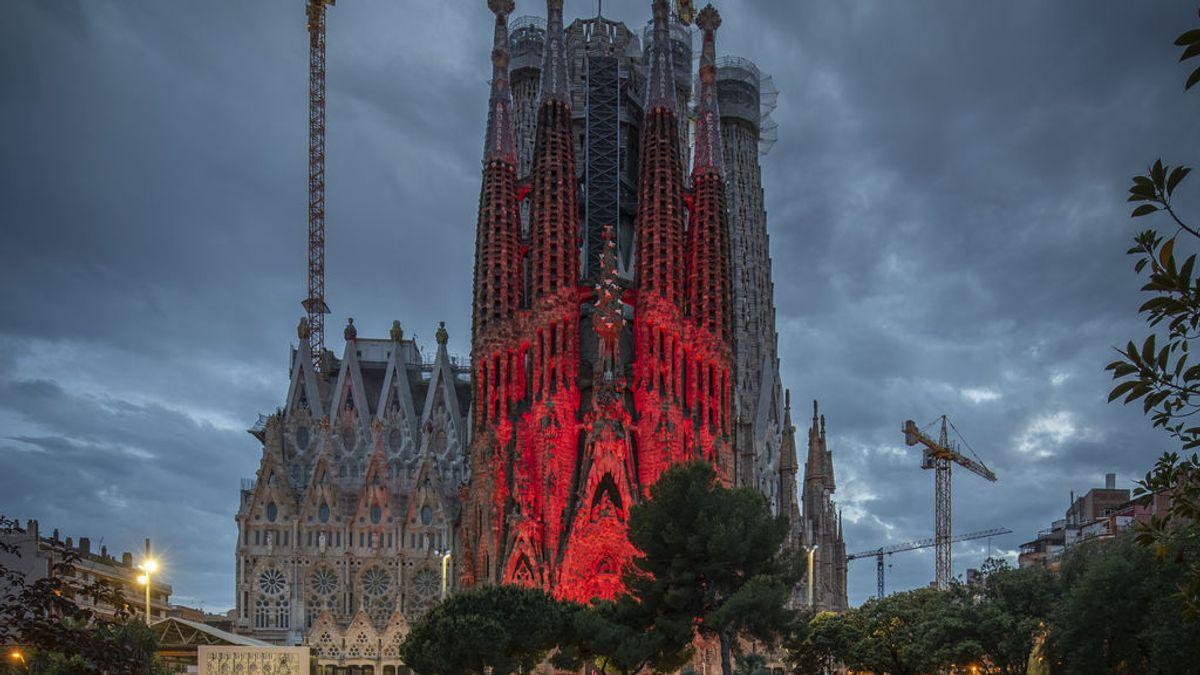 La covid-19 apaga la Sagrada Familia estas navidades: no encenderá su espectáculo de luces
