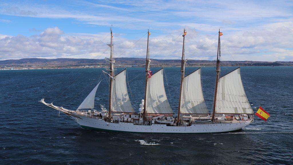Juan Sebastián Elcano, en el Estrecho de Magallanes