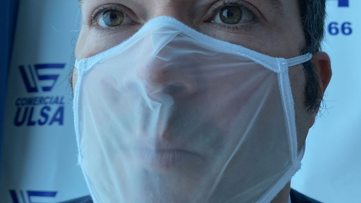 Salen al mercado mascarillas transparentes certificadas: son de poliamida y protegen un 90%