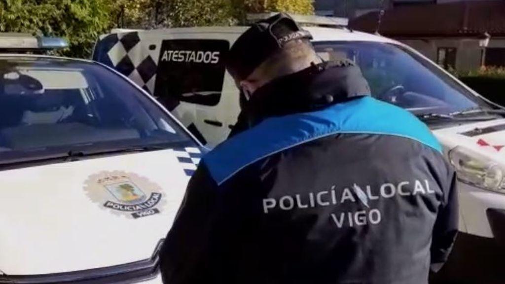 La policía local de Vigo multa a nueve vehículos de su propia flota por tener la ITV caducada