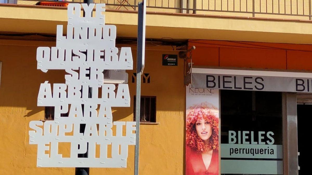 """Polémica campaña para visibilizar la agresividad de los piropos: """"Quisiera ser árbitra para soplarte el pito"""""""