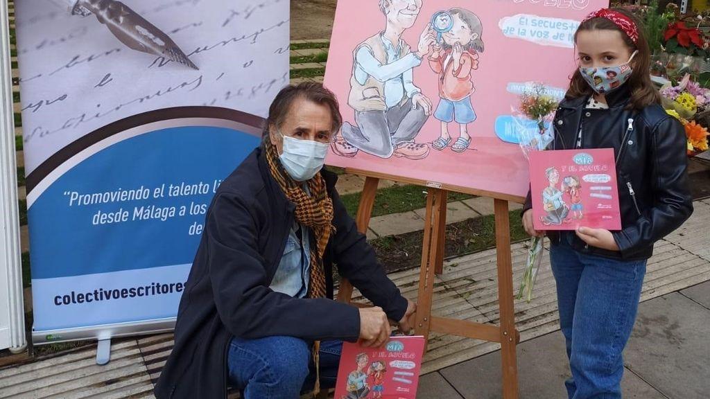 Érase una vez una niña de 9 años y su abuelo  que escribieron el libro infantil más vendido de Málaga
